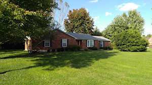 257 Grindstone Dr Shepherdsville, KY 40165