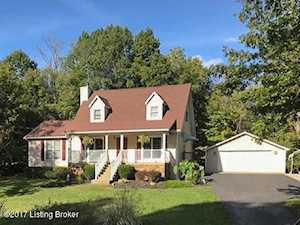 5405 Highpoint Dr Crestwood, KY 40014