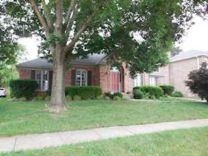 8312 Regency Woods Way Louisville, KY 40220