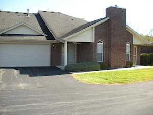 5214 Sandwood Ln Louisville, KY 40272