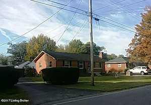 4602 Flintlock Dr Louisville, KY 40216