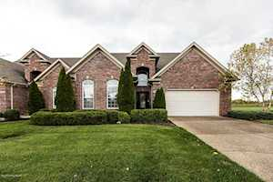 117 Whispering Pines Cir Louisville, KY 40245