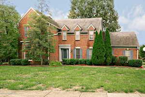 1028 Springside Way Louisville, KY 40223