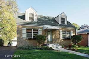 209 N Maple St Mount Prospect, IL 60056
