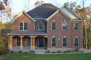 2005 Wooded Oak Ln Crestwood, KY 40014