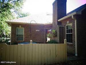 3228 Graystone Manor Pkwy Louisville, KY 40241