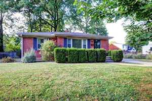 13 Cardwell Way Louisville, KY 40220