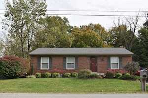 5203 Sprucewood Dr Louisville, KY 40291