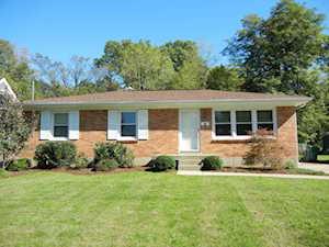 6711 Moorhampton Dr Louisville, KY 40228
