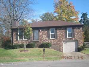 10905 Oak Harbor Dr Louisville, KY 40299