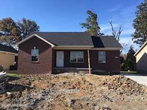 950 Tecumseh Dr Shepherdsville, KY 40165