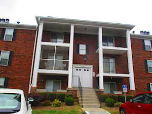 306 Donard Park Ave Louisville, KY 40218