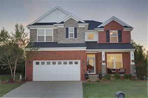 1117 Crossings Cove Ct Louisville, KY 40245