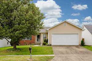 9606 Brooks Bend Rd Louisville, KY 40258