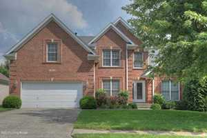 4514 Cherry Forest Cir Louisville, KY 40245
