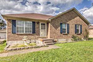 159 Howlett Dr Shepherdsville, KY 40165