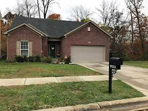9123 River Trail Dr Louisville, KY 40229