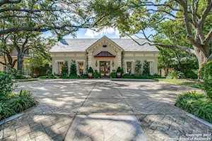 248 Geneseo Rd Terrell Hills, TX 78209