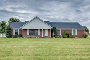 161 Larry Ln Shepherdsville, KY 40165