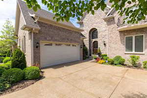 328 Buckland Trace Louisville, KY 40245