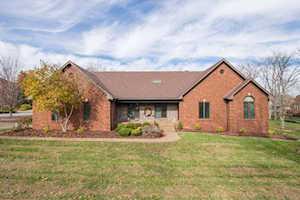 10600 Glenmary Farm Dr Louisville, KY 40291