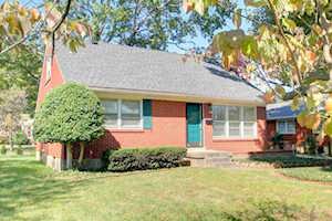 3533 Hughes Rd Louisville, KY 40207