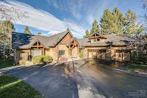 3193 NW Fairway Heights Drive Bend, OR 97703
