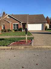 7010 Green Creek Place Louisville, KY 40258