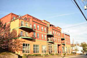 2411 Brownsboro Rd Louisville, KY 40206
