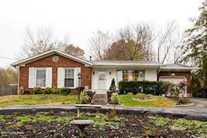 7406 Manslick Rd Louisville, KY 40214