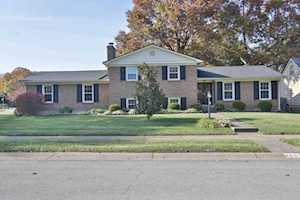 4601 Hedgerow Ct Louisville, KY 40220
