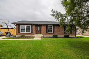 247 Dean St Shepherdsville, KY 40165