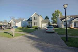 10908 Pineview Ct Louisville, KY 40299