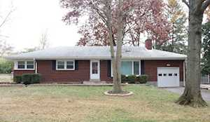 38 Narwood Dr Louisville, KY 40299