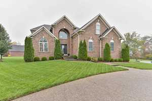 10601 Fairmount Falls Way Louisville, KY 40291