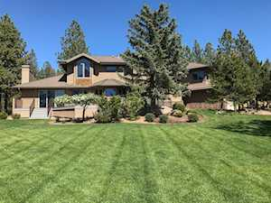 1716 NW Welcome Court Bend, OR 97703