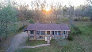 203 Parkview Dr Louisville, KY 40245