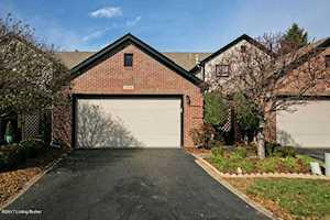 10008 Hartwick Village Dr Louisville, KY 40241