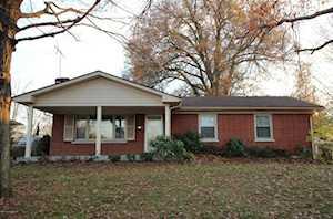 6812 Moorhaven Dr Louisville, KY 40228