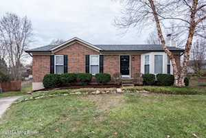 4203 Seagrape Rd Louisville, KY 40299