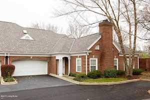 5935 Ashwood Bluff Dr Louisville, KY 40207