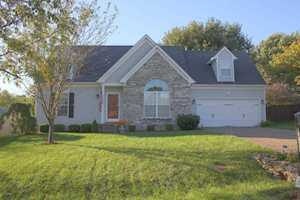 6623 Willowrun Ln Pewee Valley, KY 40056