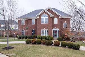 4607 Cherry Forest Cir Louisville, KY 40245