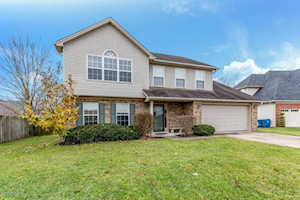 9712 Hunting Ground Ct Louisville, KY 40228