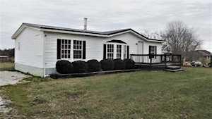 160 Castleman Rd Hodgenville, KY 42748