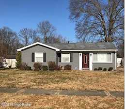 1015 Andle Ct Louisville, KY 40214