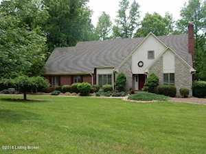 265 Loretta Dr Shepherdsville, KY 40165