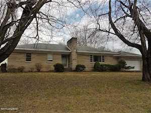 206 Dixie Hwy Muldraugh, KY 40155