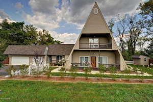 1647 Louisville Rd Coxs Creek, KY 40013