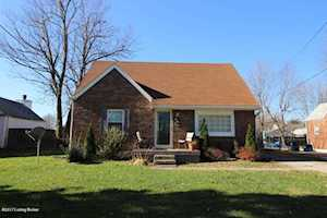 4618 Kiefer Rd Louisville, KY 40216